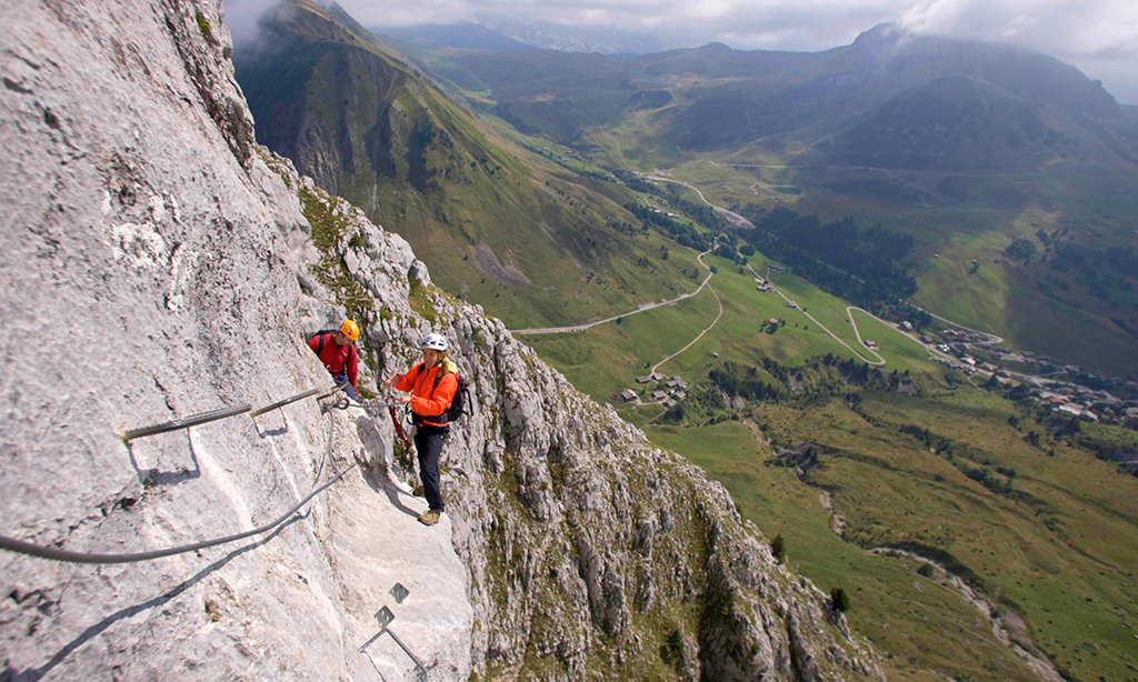 Mountaineering Classic Challenges 3 Peaks Welsh 3000 S